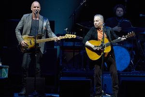 Sting and Paul Simon on stage together. http://kellylmckenzie.com/sting-paul-simon/
