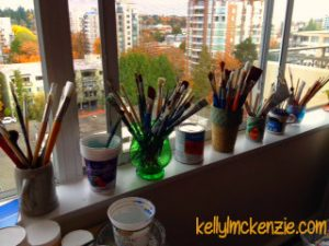 Paintbrush collection in Mom's studio http://kellylmckenzie.com/still-blossoming-at-91/